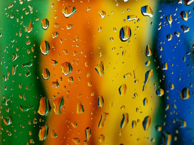 Water_DROP_colored_rainbow